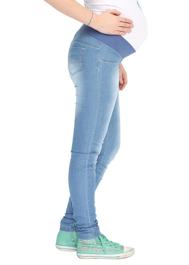 беременная в узком голубом фото